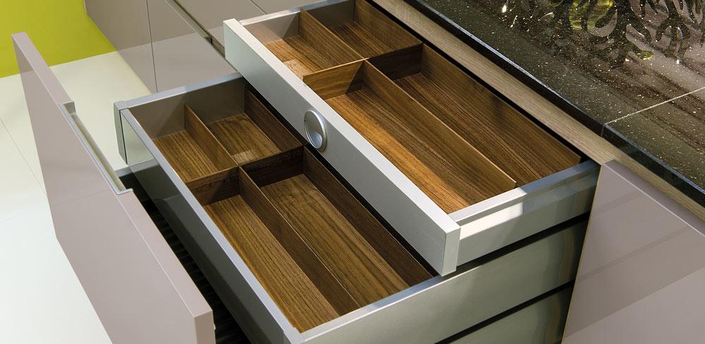 Auszüge mit Holz