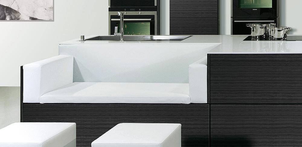 Detail Designküche mit Sitzecke