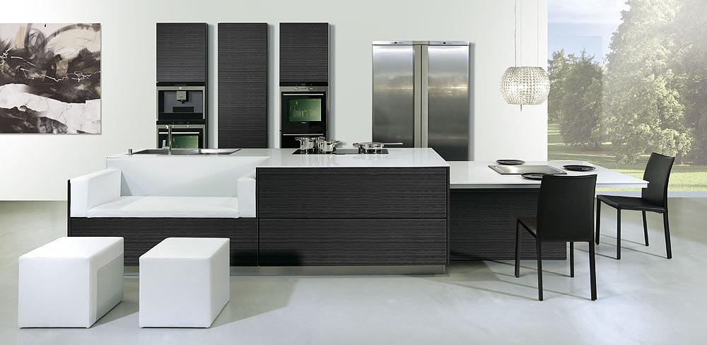 Designküche mit Sitzecke