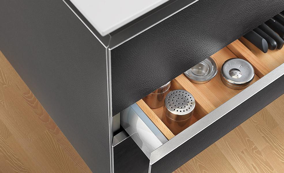 design k chen designk chen ab werk zu fabrikpreisen kassel. Black Bedroom Furniture Sets. Home Design Ideas